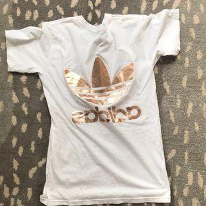 adidas Tops - ADIDAS LOGO SHIRT- ROSEGOLD